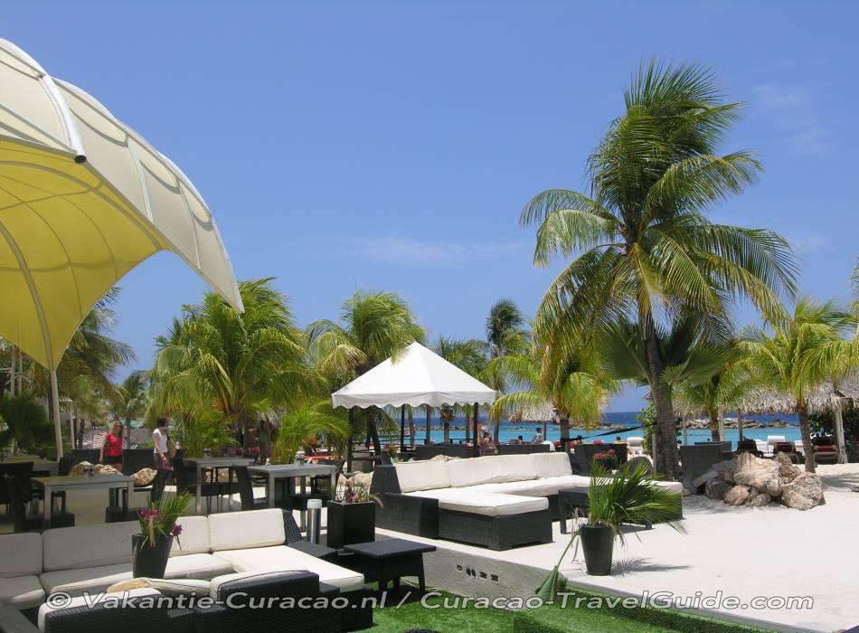 Cabana Beach Kontiki
